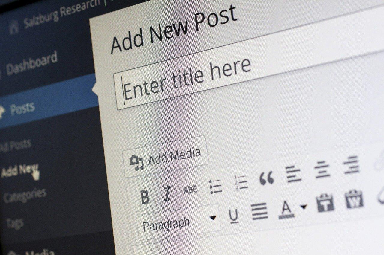 Blogowanie, czyli sposób na dzielenie się swoją pasją z innymi.